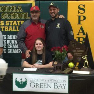 Kayla Schwebke Signs with UW Green Bay