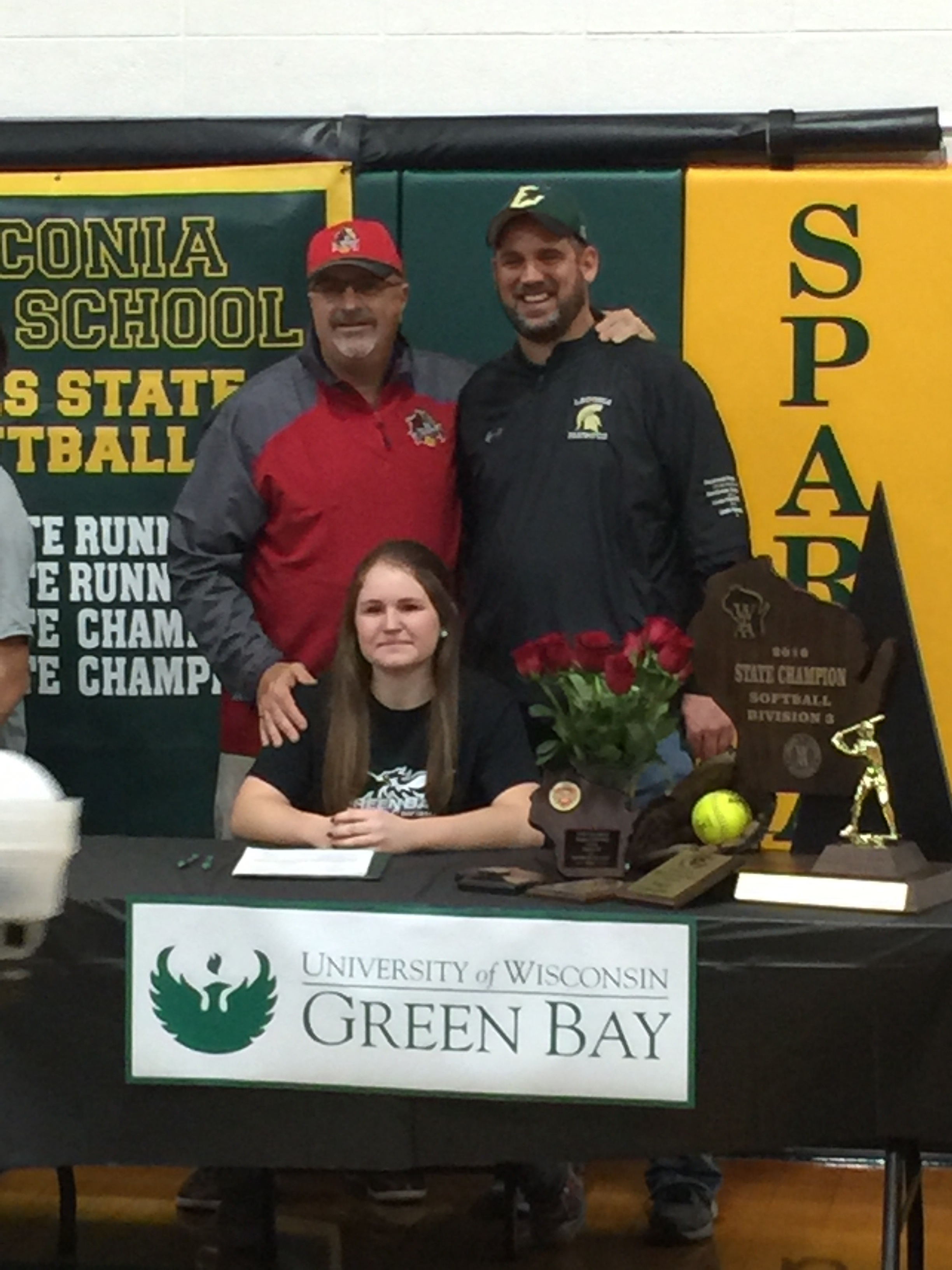 Kayla Schwebke Signs with UW Green Bay