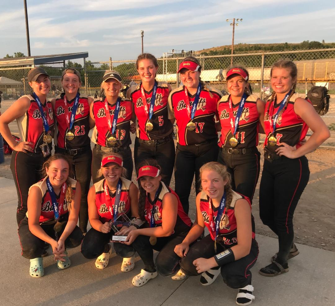 U16 Gold takes 3rd at USSSA Nationals in Kansas Finish the Summer 35 – 5    The year 45 – 12